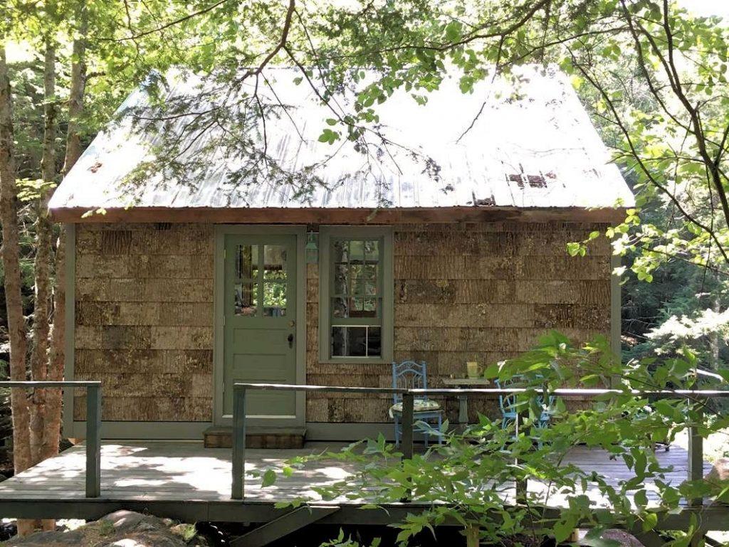 bens-cabin-bark-house-exterior-shingles